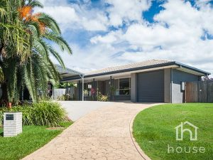 4 Lohr Court, Meadowbrook  QLD  4131