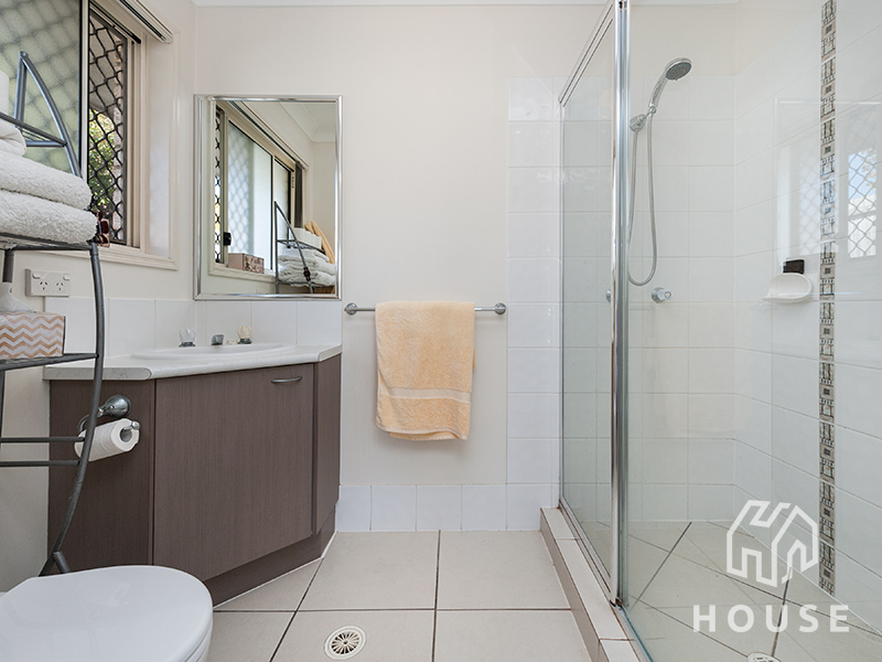 3 Gow Court Crestmead Qld 4132 House Property Agents