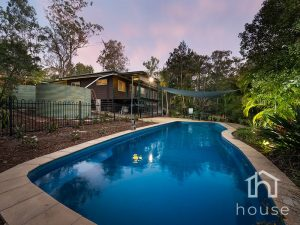 2-36 Barry Road, Tamborine  QLD  4270