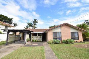 21 Azalea Court, Kallangur  QLD  4503