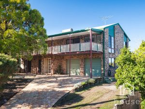 11 Gosford Court, Rochedale South  QLD  4123