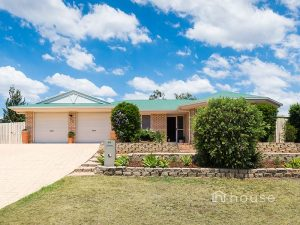 52 Sandalwood Drive, Yamanto  QLD  4305