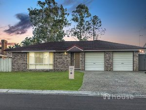 6 Mattes Place, Meadowbrook  Queensland  4131