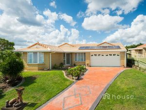 2 Michelle Court, Raceview  QLD  4305