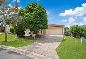 25 Cherokee Place, Heritage Park  QLD  4118
